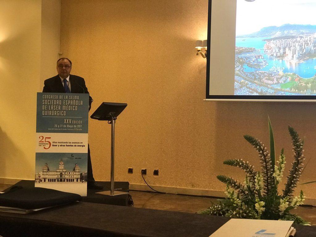 Carlos Freire Bazarra - Ginecólogo en A Coruña - Laser ginecológico congreso