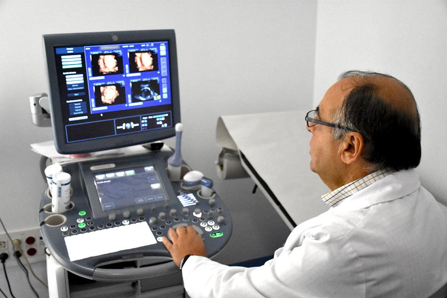 Consulta Carlos Freire Bazarra - Laser ginecológico en A Coruña - Ginecólogo A Coruña-ecografía